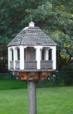 Free Bird Feeder Plans | Woodworker Magazine